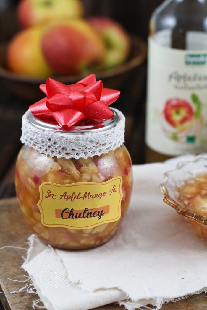 apfel mango chutney mit byodo apfelessig diy geschenk aus der k che die k che brennt. Black Bedroom Furniture Sets. Home Design Ideas