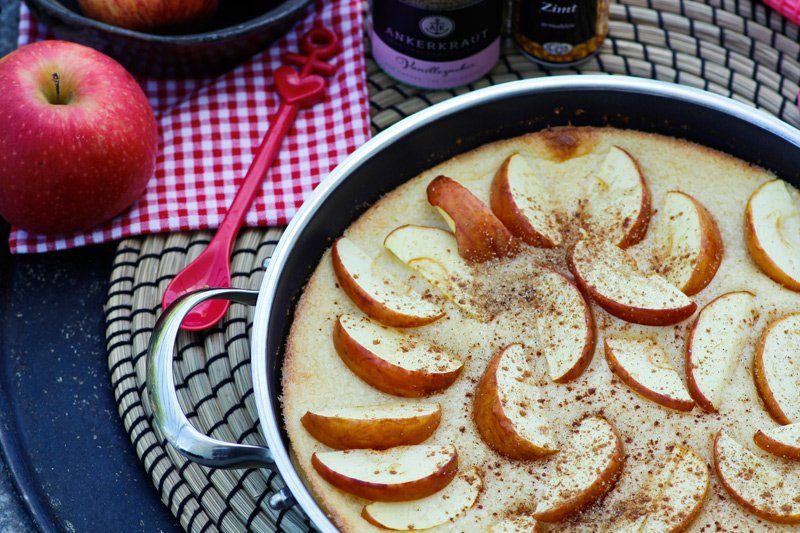 Apfelpfannkuchen aus dem Ofen / Pfanne