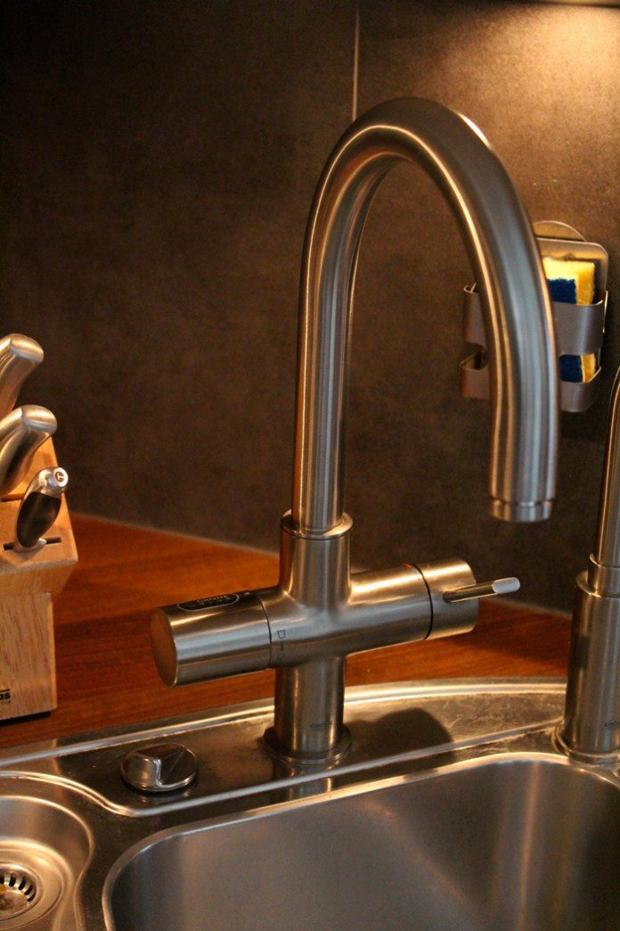 Grohe C-Auslauf in Super Steel