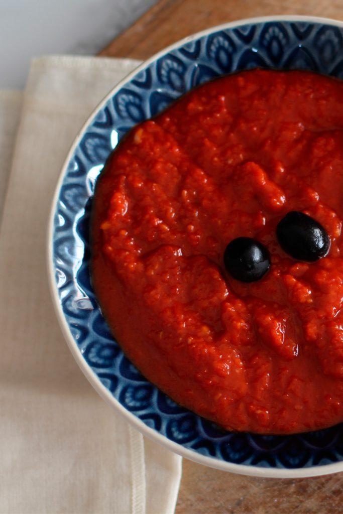 Spanisches Mojo Rojo Soße Rezept