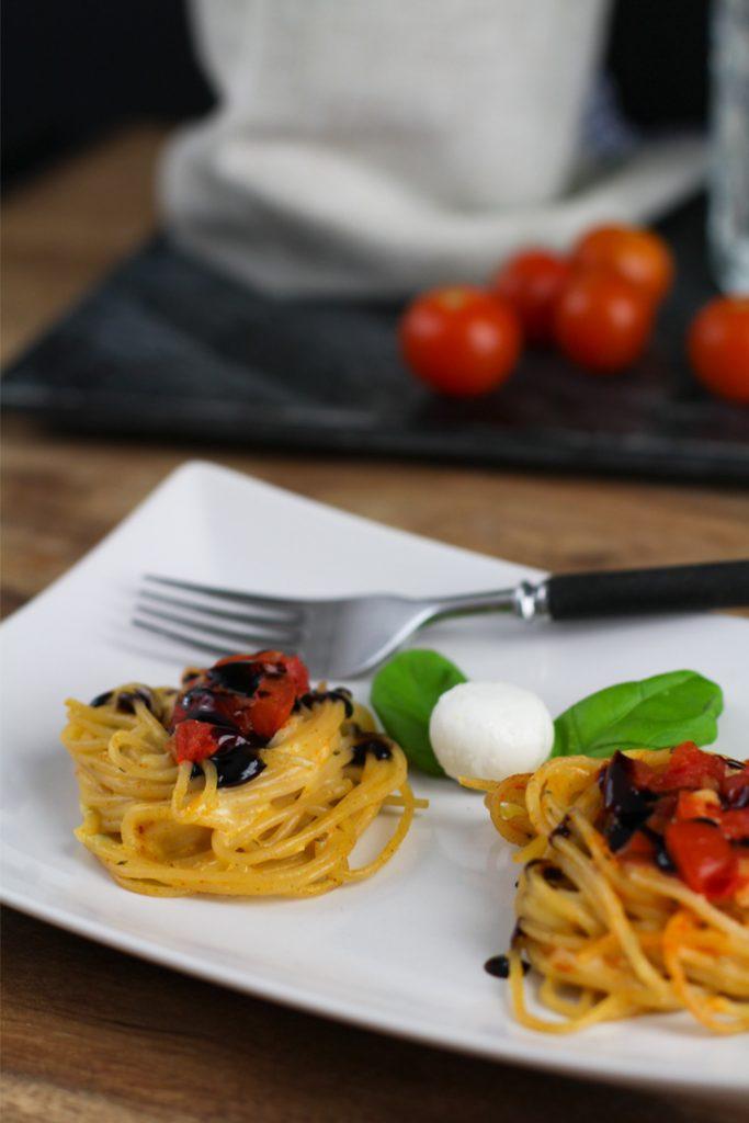 Spaghetti Nester Tomate Mozzarella in Muffinform