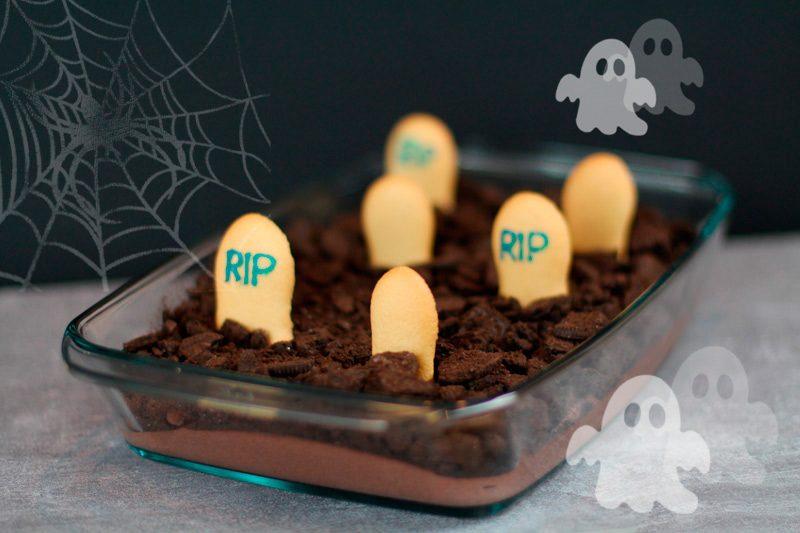 Halloween Nachspeise – Friedhof Mousse au Chocolat