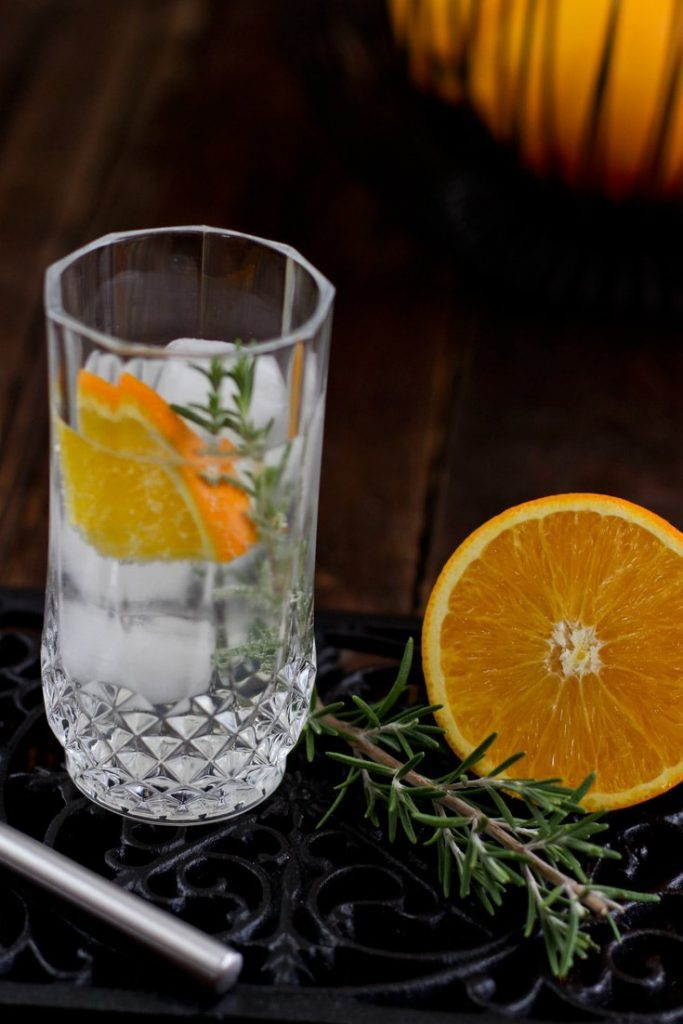 Rosmarin & Orange im Gin