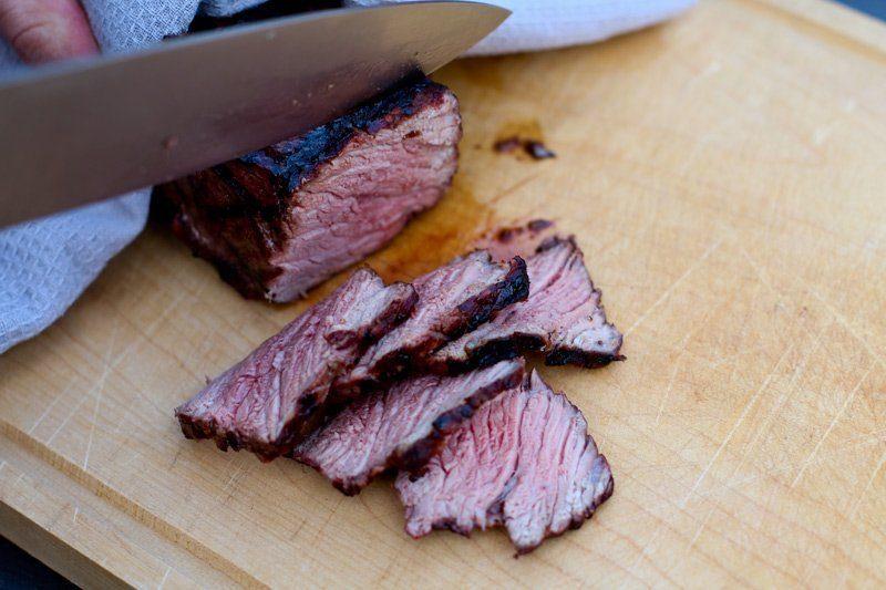 roastbeef steak aufschneiden