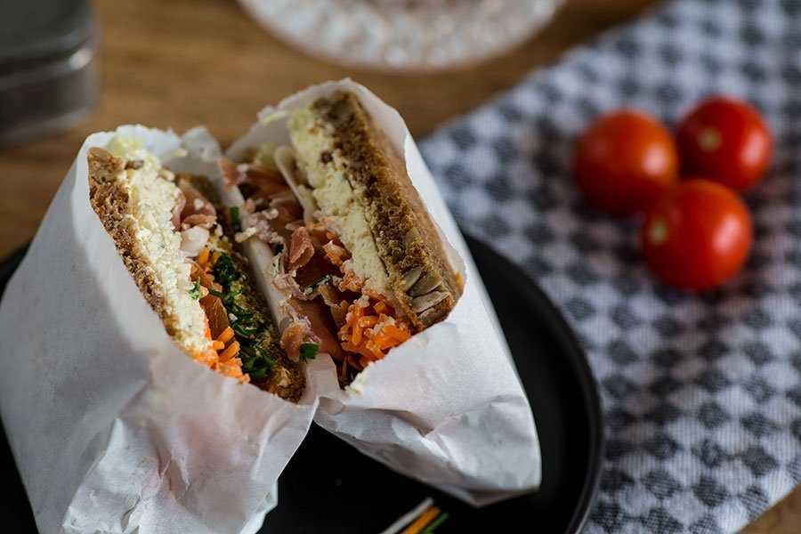 Schinken Gemüse Sandwich für die Arbeit