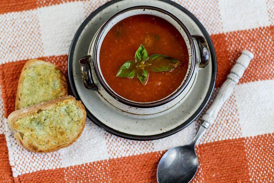 Rezept für einfache Tomatensuppe aus Dosentomaten