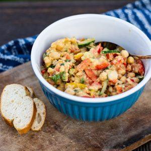 Orientalischer Kichererbsen Salat - Rezept zum Grillen (vegan)