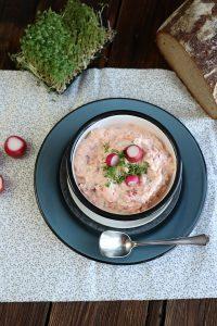 Radieschen Dip Rezept mit Frischkäse zum Grillen oder Snacken