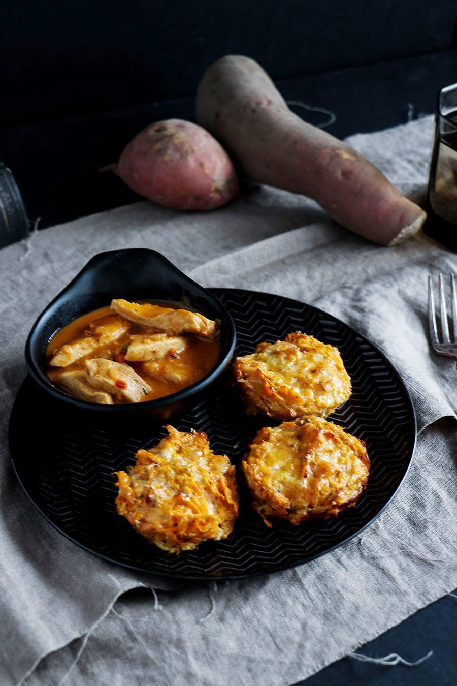 herzhafte s kartoffel r sti muffins mit k se die k che brennt. Black Bedroom Furniture Sets. Home Design Ideas