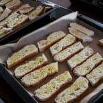 zubereitung fingerfood avocado bacon mini baguettes