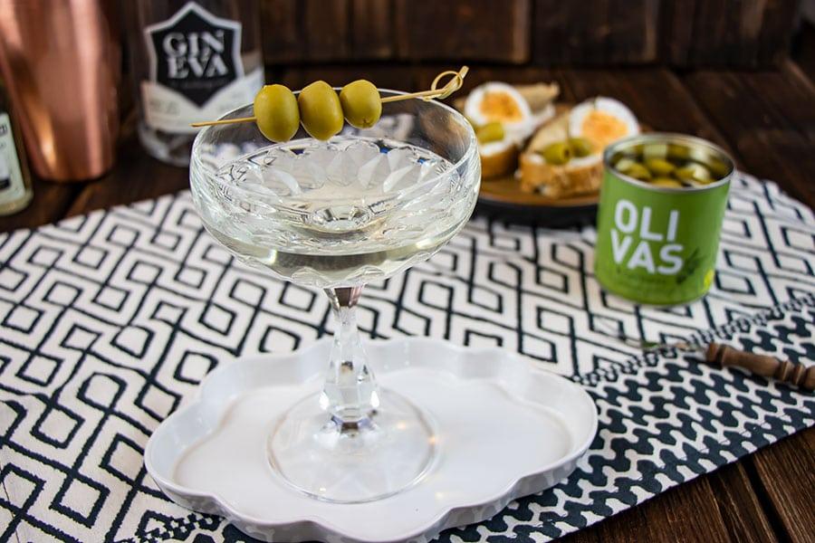 Dry Martini Gin Tonic