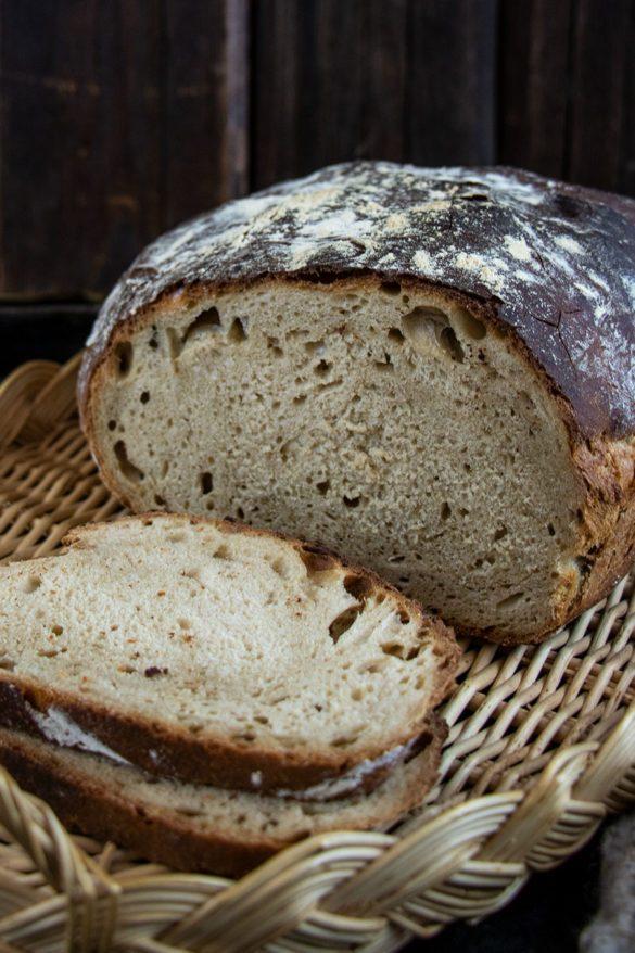 Knuspriges Brot mit Bierteig