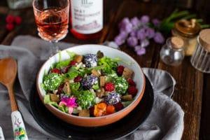 Leckerer Salat für die warme Zeit