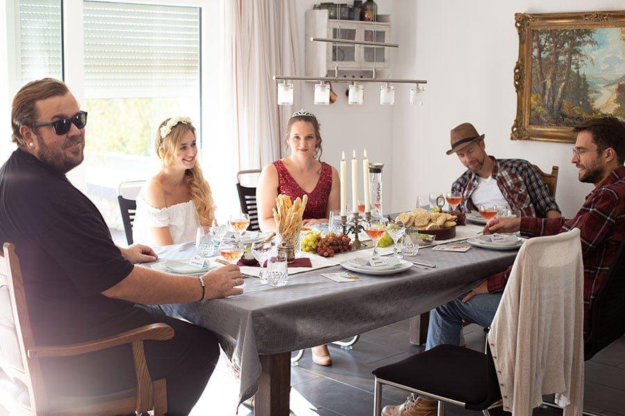KOSMOS Krimi Dinner - Tödlicher Wein - Murder Mystery Party mit Gewinnspiel für euch