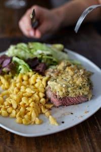 Steak mit Käsekruste und Semmelbröseln