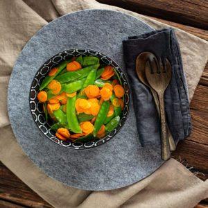 Zuckerschoten Karotten Gemüse