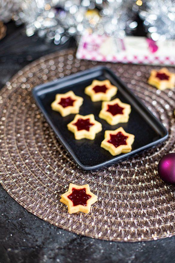 Weihnachtsbäckerei Spitzbuben