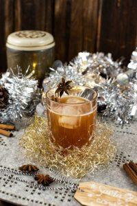 Weihnachtlicher Chai Cocktail