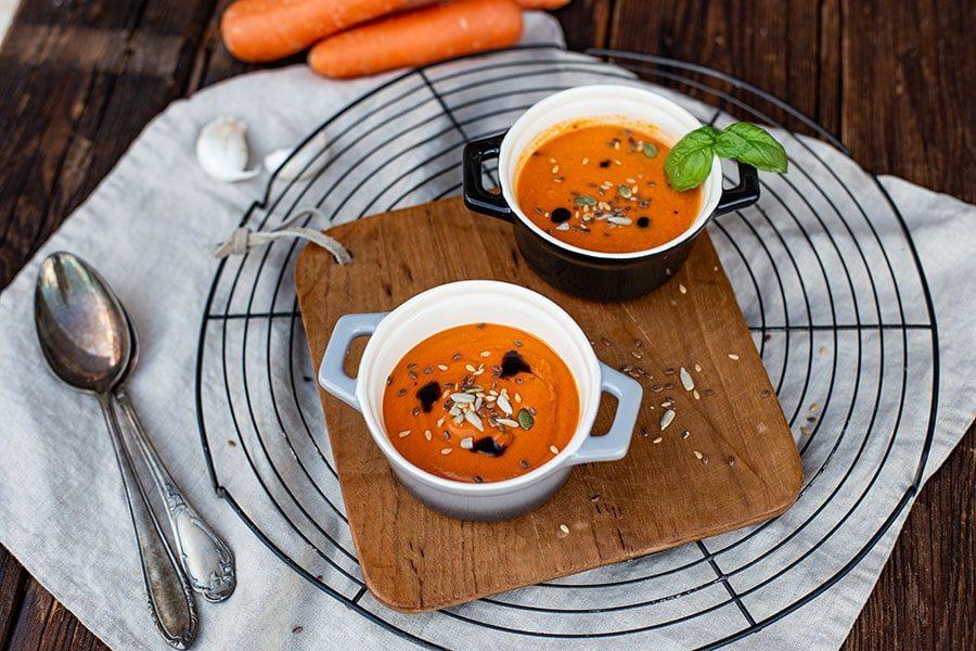 Suppe mit dem Entsafter