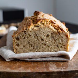 Brot Backen mit Hafermehl