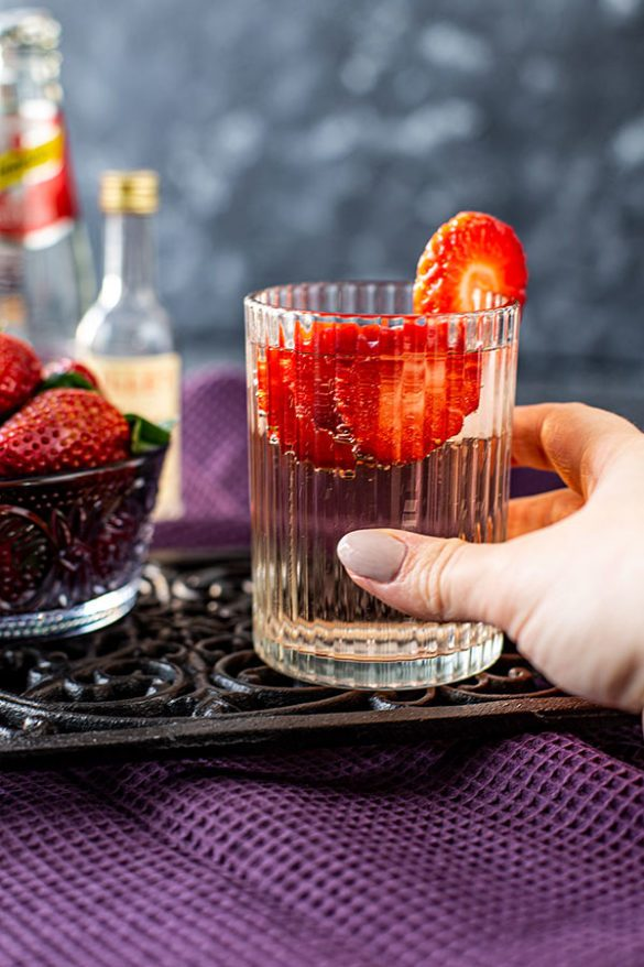 Lillet Wild Berry Drink