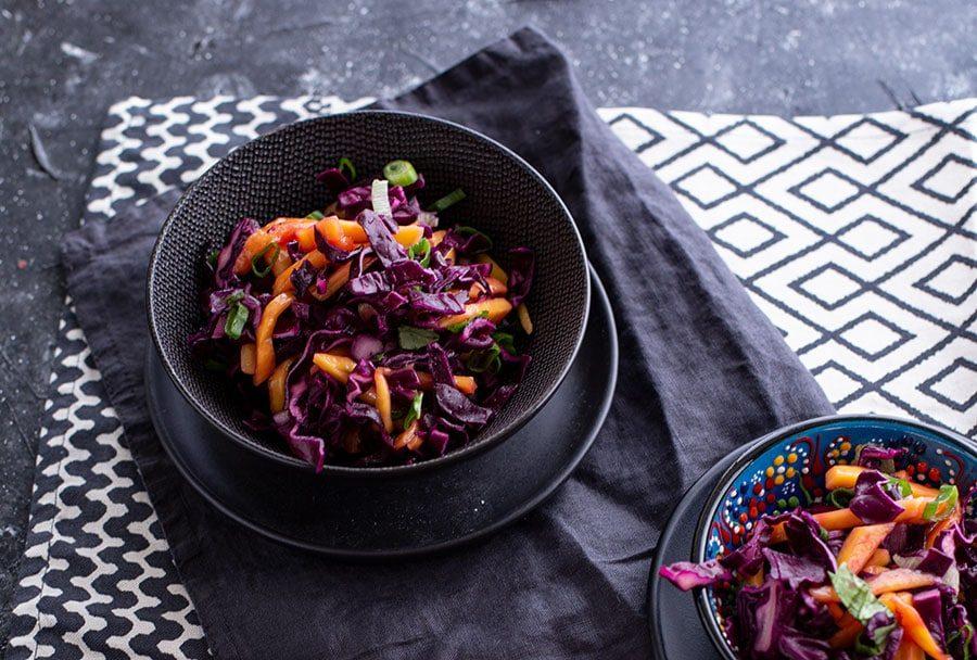 Ausgefallener Grillsalat mit Kohl