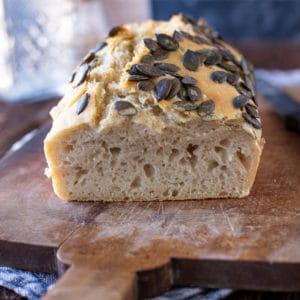 Einfaches Hefe Brot selber machen