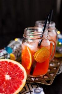 Leckerer Grapefruit Aperol Cocktail