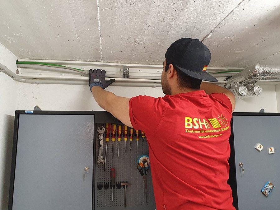 Kabelkanäle im Keller für PV Anlage