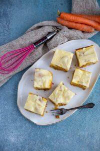 Carrot Cheesecake Bars