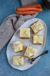 Käse Karottenkuchen mit Glasur