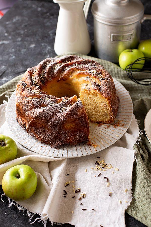 Saftiger Apfelpuddingkuchen